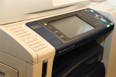 Máy in màu Fuji Xerox nhắm vào doanh nghiệp
