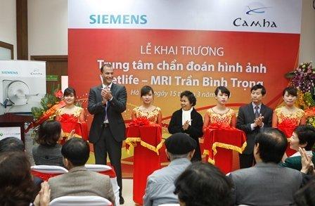 2014-04-Vietlife MRI-Khánh thành