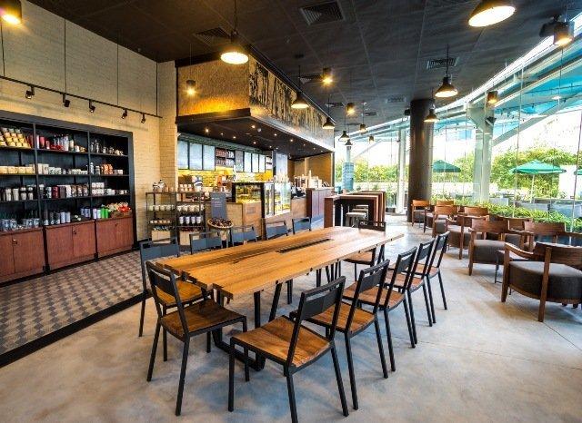 Starbucks HaNoi 4