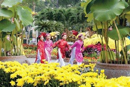 Duong Hoa Nguyen Hue Quan 1