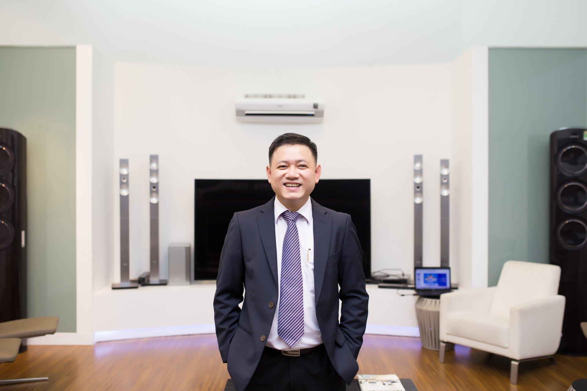 Ông Phan Minh Văn - Giám đốc Dịch vụ Khách hàng Samsung
