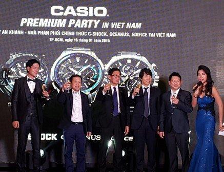 3 đồng hồ Casio mới GPS