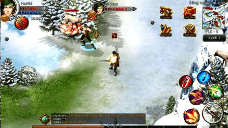 Trò chơi có map rộng 8000×8000 px, lớn hơn các game MMO trên di động hiện  tại tại Việt Nam (thường có kích thước trong khoảng 1/3). Ac than 6