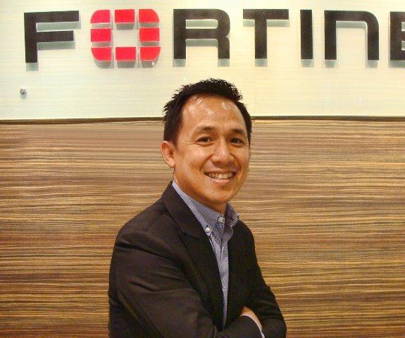 Ông Peerapong Jongvibool tân Tổng giám đốc Kinh doanh khu vực Đông Dương