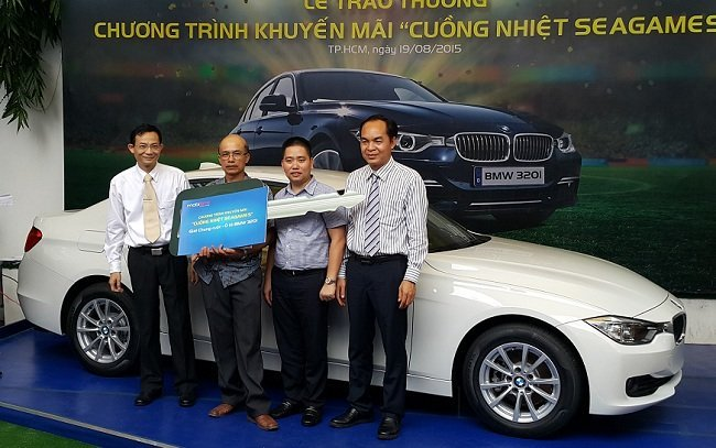 MobiFone trao thưởng BMW 320i trị giá hơn 13 tỷ đồng
