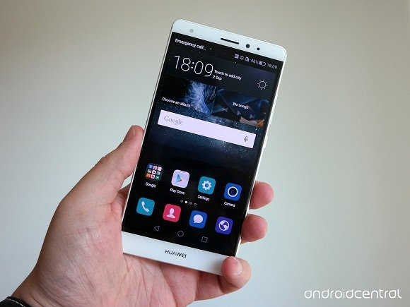 huawei-mate-s-hands-front