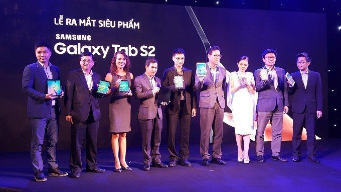 Samsung ra mắt chiếc tablet đỉnh nhất của hãng Galaxy Tab S2