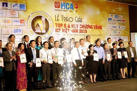 HCA - trao giai Top 5 - 2015