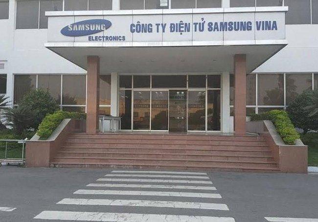 1-samsung-dong-cua-nha-may-cu-o-tphcm