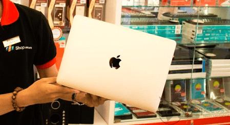 FPT Shop được ủy quyền bán MacBook và Apple Watch