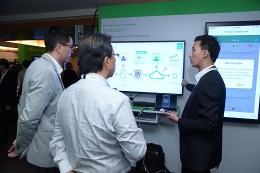 Schneider Electric giới thiệu chiến lược đổi mới công nghệ Life Is On