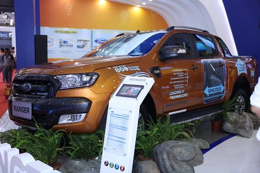 Ford giới thiệu chiếc SUV Explorer giá 218 tỷ đồng