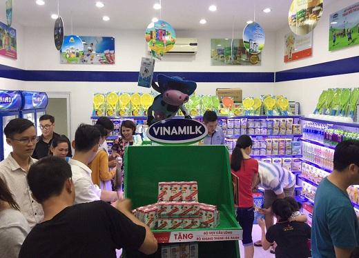 FPT-Shop-Vinamilk- 1