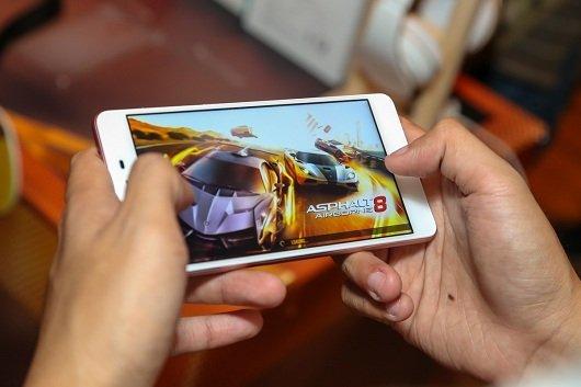 Mobiistar Prime X 2017 mở bán độc quyền tại TGDĐ với giá 399 triệu đồng 2