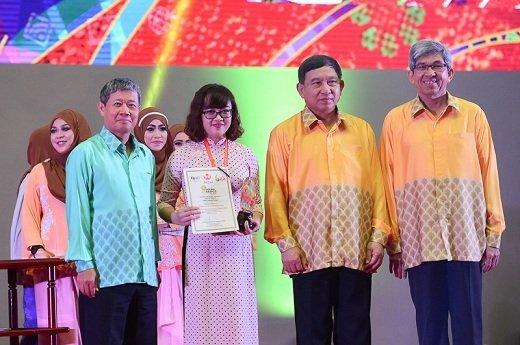 Viettel được vinh danh tại ASEAN ICT Awards 2016