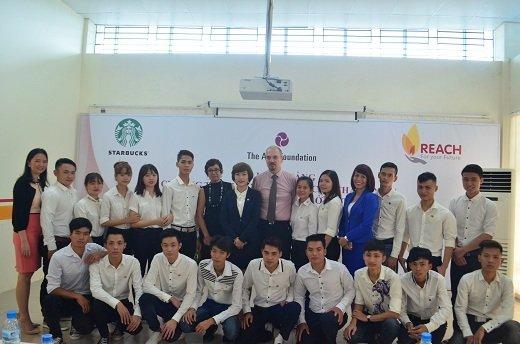 Starbucks và Quỹ Châu Á hỗ trợ dạy nghề cho thanh niên