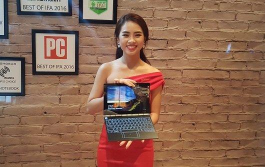 Lenovo ra mắt máy tính 2-trong-1 Yoga Book giá 12.990.000đ