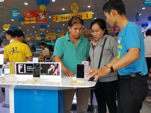 MWG đặt mục tiêu 27 tỷ USD khai trương 15 shop tại Campuchia trong năm 2017